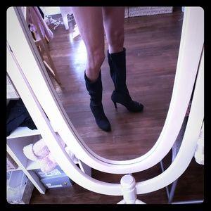 New black Tahari Claire boots sz 9.5